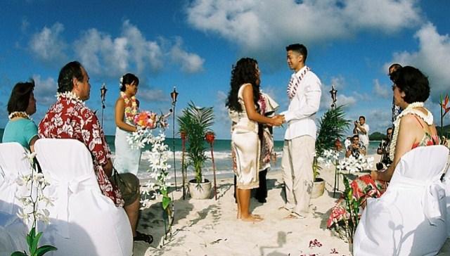 Matrimonio Imperio Romano : Boda en hawaii o el aha aina male