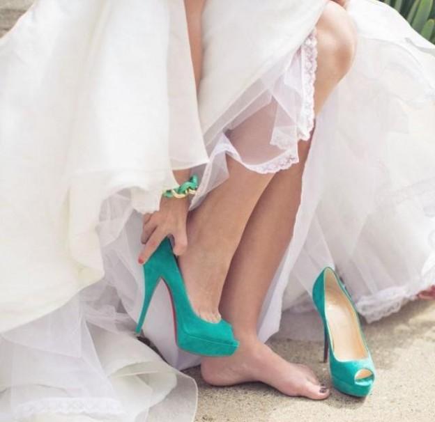 qué zapatos hay debajo del vestido de novia? - bodasciviles